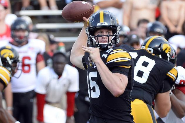 Hawkeyes More at Ease with Up-Tempo Offense : Iowa