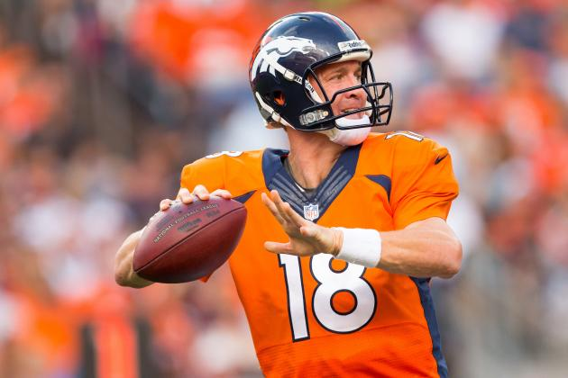 Peyton Manning Closing in on Dan Marino in Passing Yards