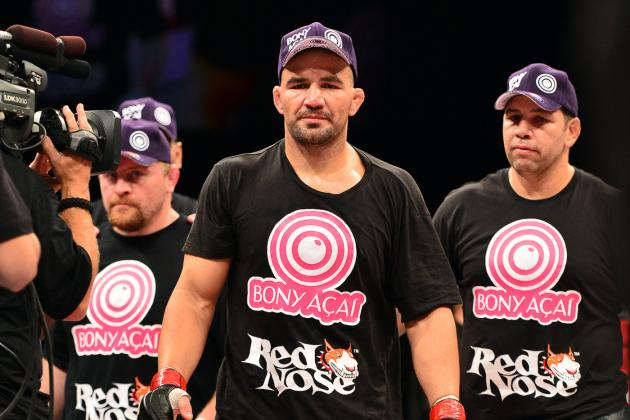Glover Teixeira: Does He Deserve His Light Heavyweight Title Shot?