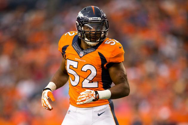LB Woodyard Leaves with Ankle Injury vs. BAL