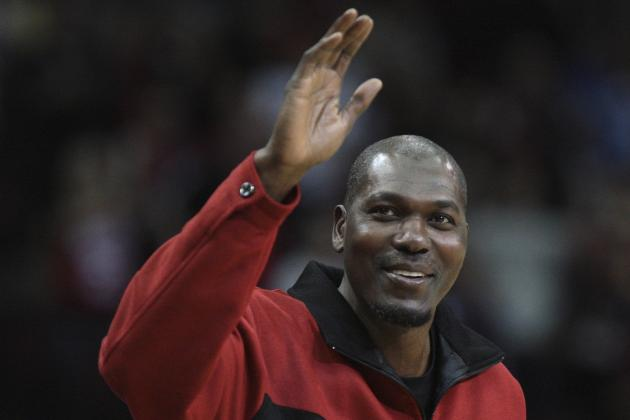 Hakeem Olajuwon Touts Kobe and LeBron, Says Blake Griffin, Durant Need Post Help