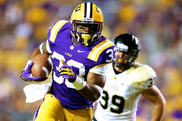 LSU Running Back Jeremy Hill Formally Charged with Simple Battery