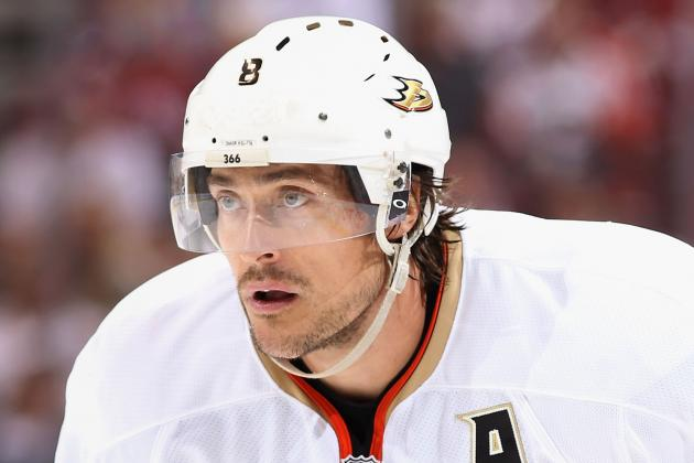 Teemu Selanne Leaving a Lasting Impact on and off the Ice