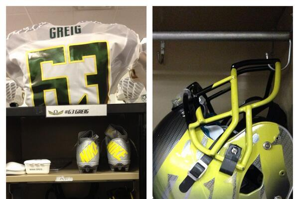 Oregon Unveils Uniform Combo for Virginia Game