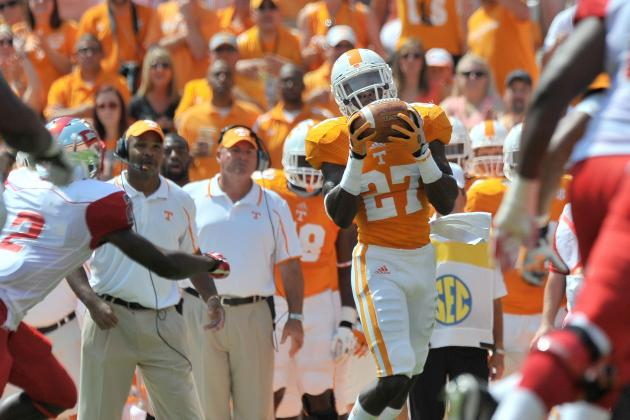 Tennessee Football: Vols Take 2 Steps Forward, 1 Step Back in Week 2 Win