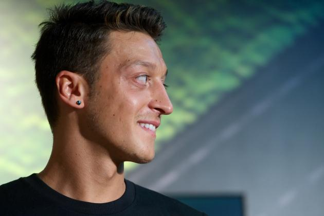 How Are Real Madrid Dealing with the Fallout from the Sale of Mesut Ozil?