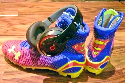 Carolina Panthers QB Cam Newton Wears Superman Cleats for Week 1