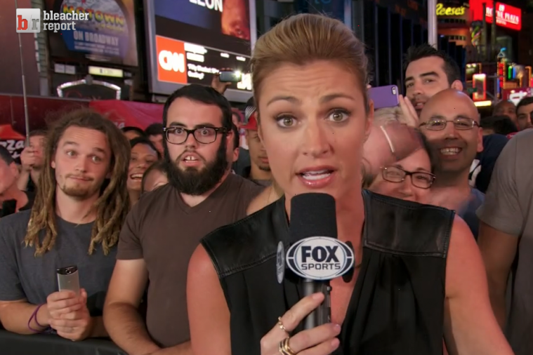 Bros Photobomb Erin Andrews on Fox Set
