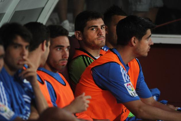 Is Iker Casillas in Danger of Losing His Spain Place by Staying at Real Madrid?