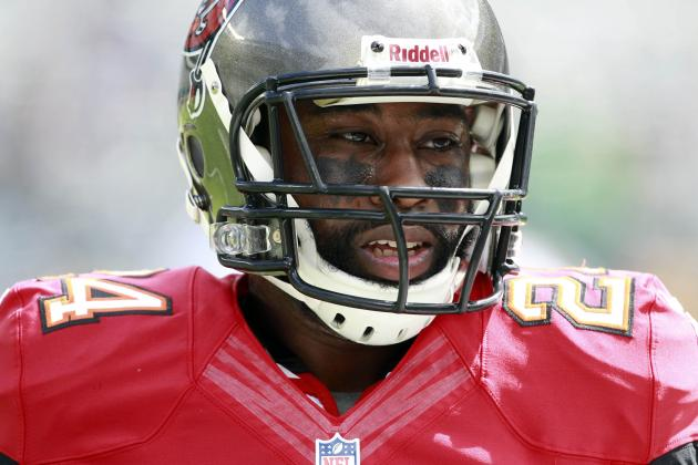 Breaking Down Darrelle Revis' Tampa Bay Buccaneers Debut