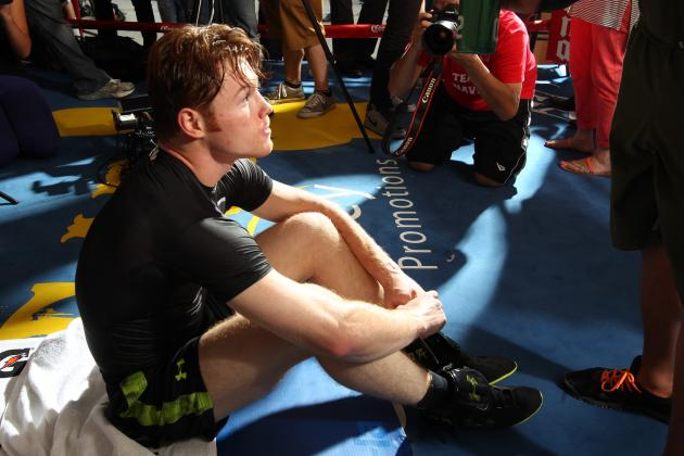 Canelo Alvarez Could Benefit More from a Loss to Mayweather Than a Win