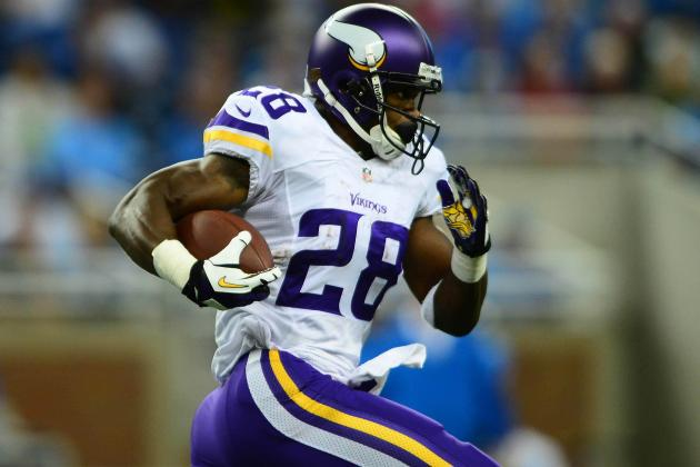 Debate: Will LeSean McCoy or Adrian Peterson Finish with More Rushing Yards?