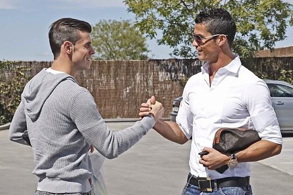 Bale Meets Ronaldo