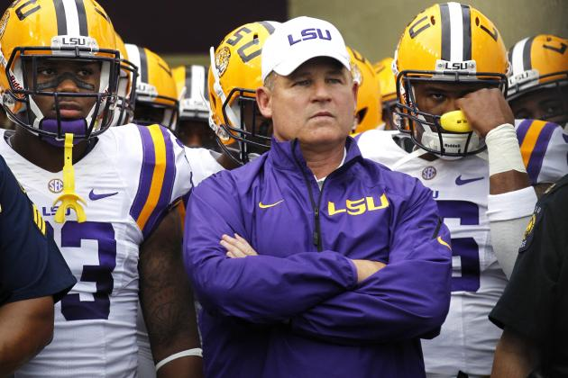 Les Miles Talks Sports Illustrated Report, Says He Did 'Right' by Oklahoma State