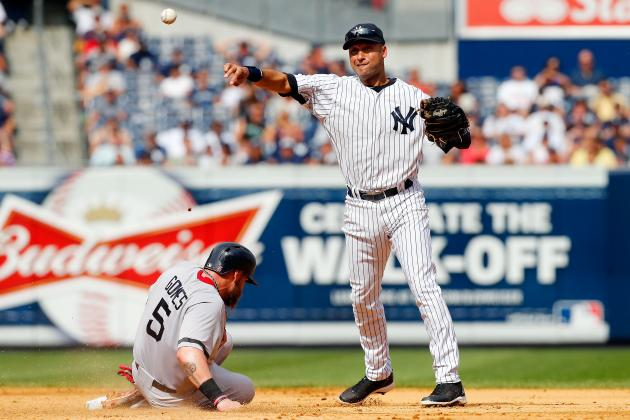 New York Yankees: Derek Jeter Should Not Play Shortstop in 2014