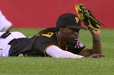 Andrew McCutchen Makes Spectacular Diving Catch, Prompts Chants of 'MVP'