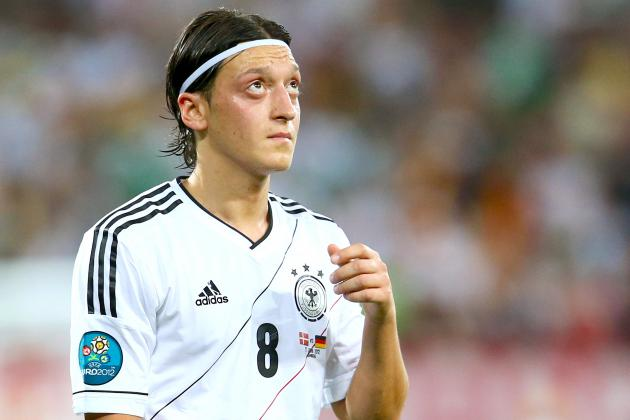 Mezut Ozil Is an Exceptional Talent but Arsenal's Weaknesses Remain