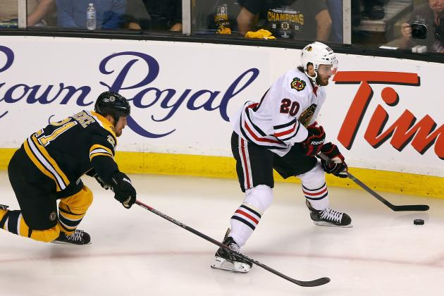 Chicago Blackhawks: No Need to Push Brandon Saad for Second Line Center