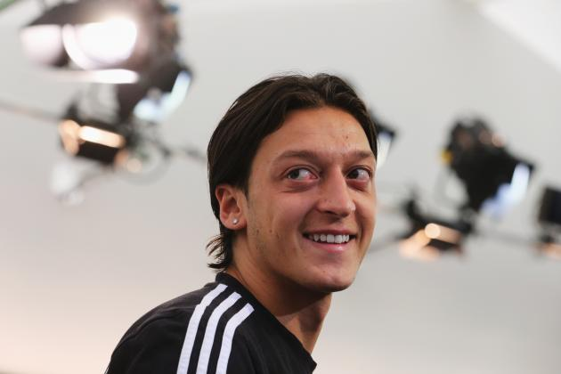 Mesut Ozil Debut: Arsenal Record Signing Will Compound Sunderland Misery