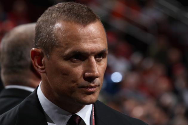 Lightning Owner Says GM Yzerman 'is Doing a Great Job'