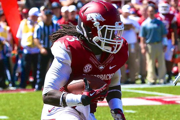 Arkansas RB Alex Collins' Early-Season Dominance Compares to Adrian Peterson