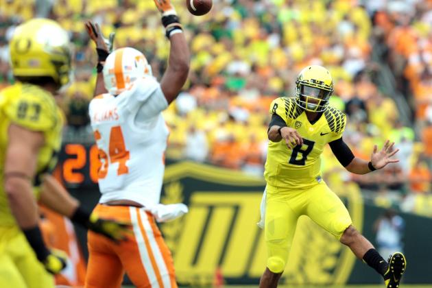 Tennessee vs. Oregon: Marcus Mariota Makes Strong Case for Heisman Front-Runner