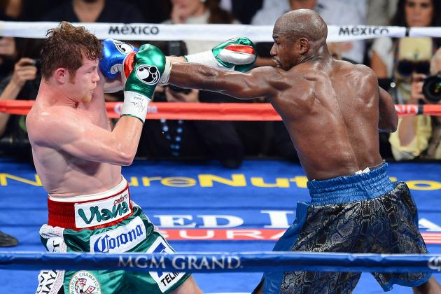 Floyd Mayweather Proves No Boxer Alive Can Beat Him