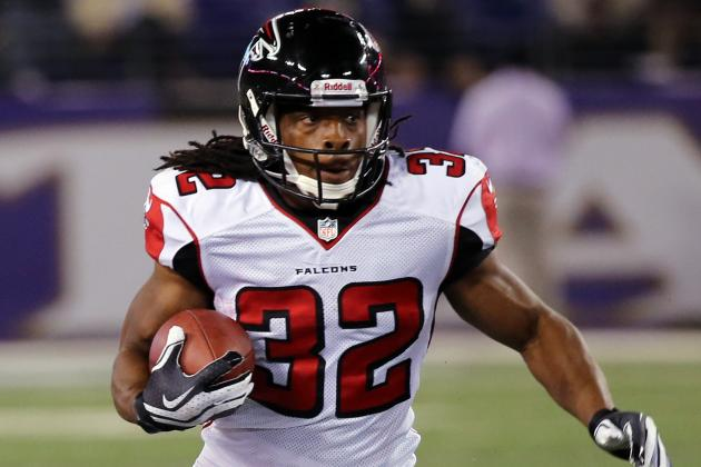 Jacquizz Rodgers vs. Jason Snelling: Fantasy Outlook After Steven Jackson Injury