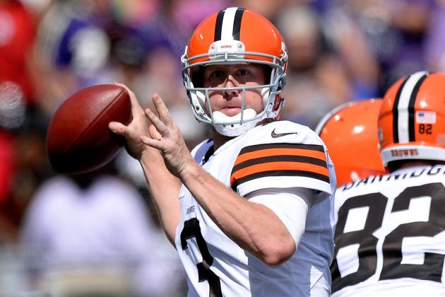 Brandon Weeden (hand) Departs Cleveland Browns Game