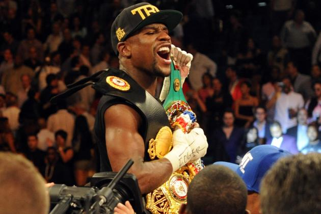 Floyd Mayweather Apologizes for Image Mocking Oscar De La Hoya's Problems