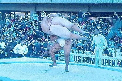 400-Pound Sumo Wrestler Gets Violently Slammed to the Ground