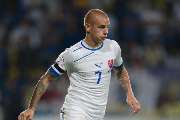 GIF: Vladimir Weiss Scores Champions League Stunner for Olympiacos vs. PSG