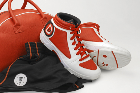 Hakeem Olajuwon Set to Release First Edition of 'Dream Shake' Signature Shoes