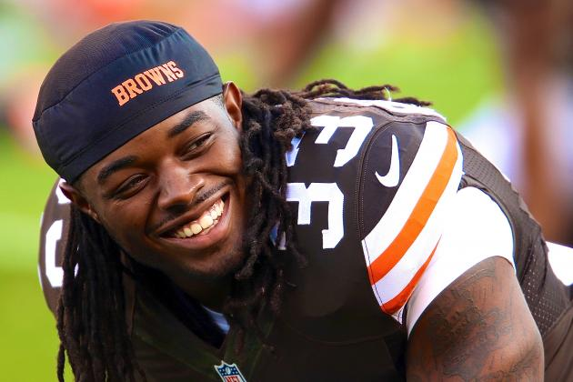 Twitter Explodes as Colts Swap 1st-Round Pick for Browns' Trent Richardson
