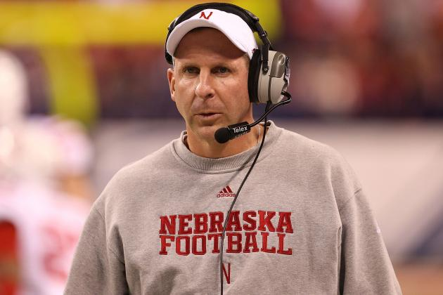 Nebraska Officials Publicly Back Bo Pelini, but Is Coach on Hot Seat with Fans?