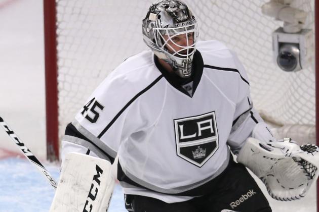 Report: Leafs' Bernier Is Nursing Undisclosed Injury