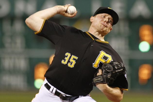 Pirates Blow Late Lead, Fall into Tie with Reds