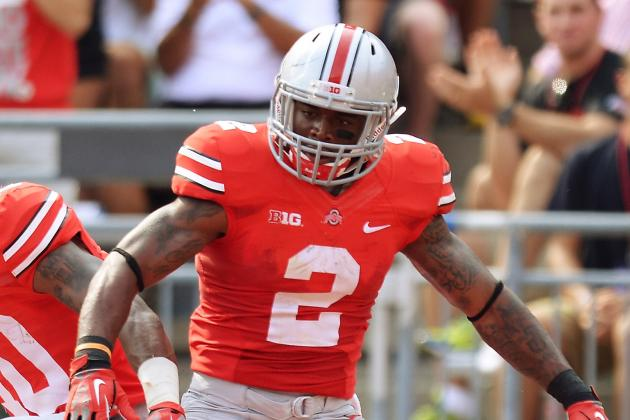 Video: Ohio State's Jordan Hall Uses Referee as His Lead Blocker on 18-Yard TD