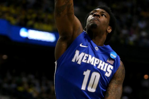 Transfer Tarik Black Praises Jayhawk Freshmen After Boot Camp
