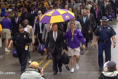 LSU Head Coach Les Miles Has a Personal Umbrella Guy
