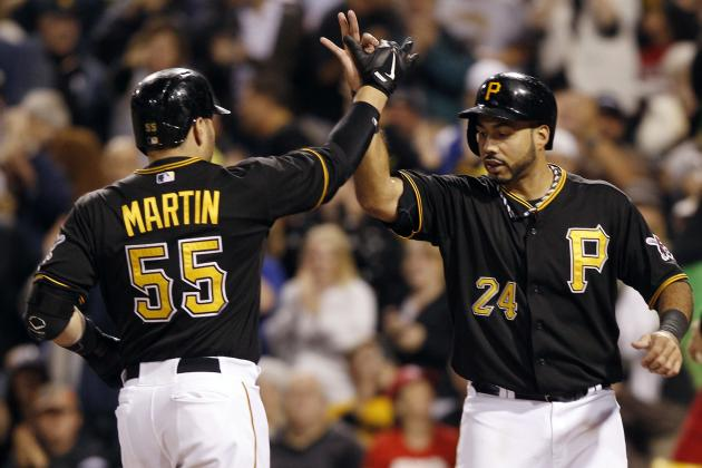Pirates beat Reds,4-2,