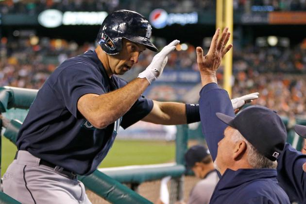 Raul Ibanez Hits 300th Career Home Run, Ties a Ted Williams' Record