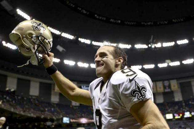 Brees Continues 300-Yd Passing Game Streak
