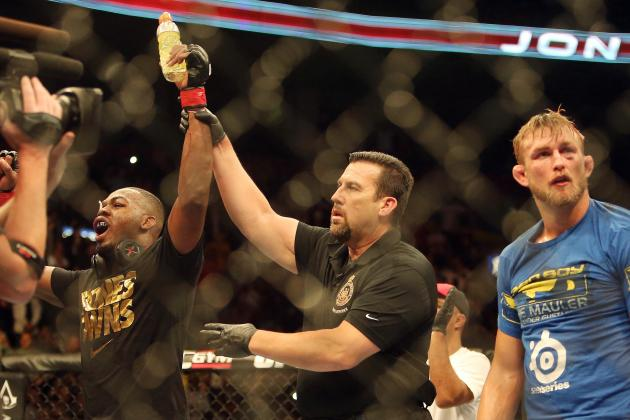 Jon Jones Defeats Alexander Gustafsson by Unanimous Decision to Retain LHW Title