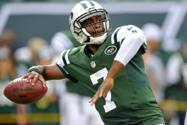 Despite Inconsistency, Geno Smith Beginning to Take Hold of Jets' QB Job
