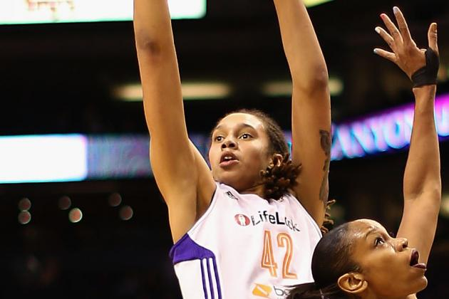 Video: Brittney Griner Nails Winner over Candace Parker