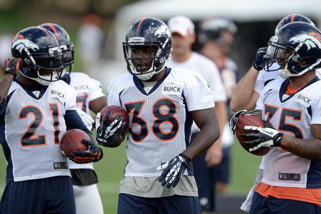 Denver Broncos Running Backs Decide Touchdown by Playing 'Rock, Paper, Scissors'