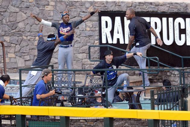 Dodgers Reportedly Urinated in Diamondbacks Pool; Alert Willie Bloomquist