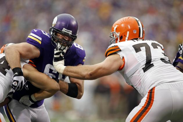 What in the World Is Going on with the Minnesota Vikings' Jared Allen?