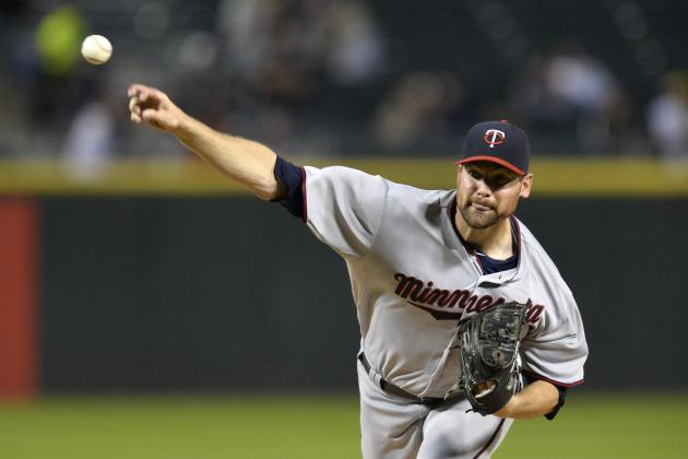 The Minnesota Twins Should Re-Sign RHP Mike Pelfrey for 2014